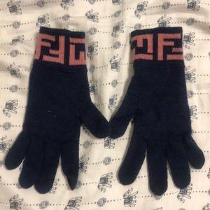 Fendi Gloves!